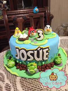 angrybirds cake