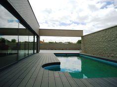 tarima-exterior-tecnologica-piscina