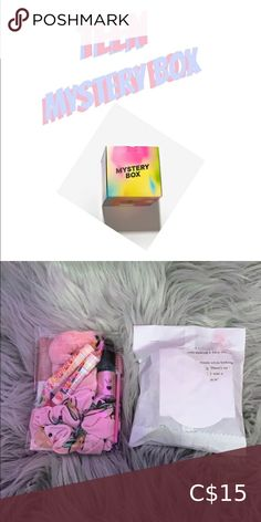Teen mystery box 💍🦋 this is a 5-10 peice mystery box 💗 - when you order message me your favourite colour and asthetic - half of our funds will go to BLM and CANCER RESEARCH - all orders are shipped the next day Brandy Melville Other Brandy Melville Stickers, Brandy Melville Usa, Clip C, Orange C, Care Box, Blue Two Piece, Off Shoulder Romper, Mystery Box