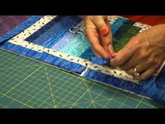 The Quilt Show Tutorial: Julie Cefalu's Tips, Tricks, & Techniques - Binding shows you how to make a perfect mitered corner with your binding. Julie also shows you how to connect the ends of your binding together as you finish your quilt. Free Motion Quilting, Quilting Tips, Quilting Tutorials, Machine Quilting, Quilting Projects, Quilting Designs, Sewing Projects, Quilt Binding Tutorial, Bias Binding