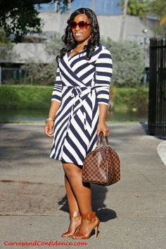 wrap dress for curvy women | ... wear+to+work%2C+how+curvy+girls+wear+stripes%2C+how+to+style+stripes