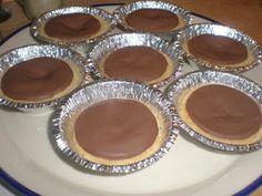 Dumle kakor :D Kolaci I Torte, Fika, Mini Cupcakes, Cake Cookies, Yummy Treats, Deserts, Food And Drink, Dessert Recipes, Pudding