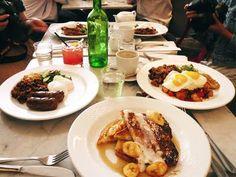 Delux Restaurant in Toronto ON
