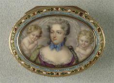 "Miniature portrait of Madame de Pompadour on a box, dedicated to ""Pompadour, His Best Friend"" (presumed to refer to Louis XV), 18th C, Ecole francaise"