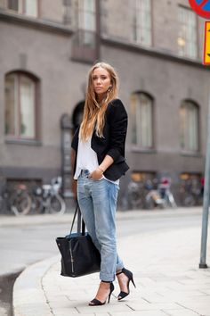 My definition of perfect #tomboy #chic: boyfriend jeans, fitted jacket, & feminine heels + oversized tote #spring2013 Stockholm Fashion Week Street Style @Lisa Harper's Bazaar