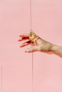 Hand with honey by Tatjana Zlatkovic for Stocksy United – shampoo brush – hand Hand Photography, Still Life Photography, Editorial Photography, Creative Photography, Shampoo Brush, Hand Reference, Cosmetic Design, Tips Belleza, Grafik Design
