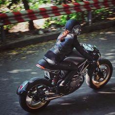 Real Motorcycle Women - thunderdolls (1)