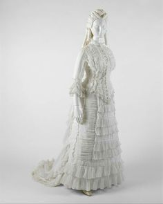 1880. American. Cotton. metmuseum.  Cotton dresses of the 1880s are seldom preserved in fine condition, as they were made of a fine batiste cotton.