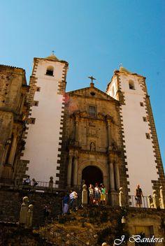 Las Fotografías de Bandera: Convento de la Compañía de Jesús en Cáceres