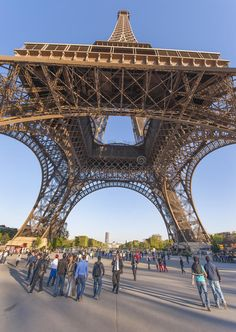 Download Eiffel Tower editorial stock image. Image of view, symbol - 59610734