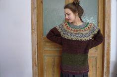 Handmade Icelandic style oversized wool sweater by TASSSHA on Etsy