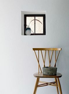 Interior * Minimalism by LEUCHTEND GRAU - Full story: http://www.leuchtend-grau.de/2015/04/Lichtdurchflutete-Villa.html  #mimimalism #minimalistic #Minimalismus #minimalistisch #Interior