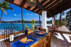 Casa Alma Sayulita Located in Sayulita, this air-conditioned apartment offers pet friendly acomodation 25 km from Rincon de Guayabitos. Guests benefit from terrace and a shared pool. Free private parking is available on site.