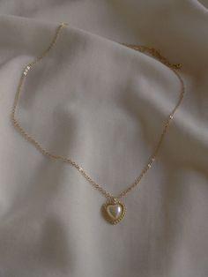 Dainty Jewelry, Cute Jewelry, Vintage Jewelry, Jewelry Accessories, Jewlery, Filigree Jewelry, Gold Jewelry, Gothic Jewelry, Antique Jewelry