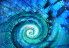 """""""The Return Wave"""" from the series """"CrystalArt""""/ by Anna Miarczynska & Sebastian Minor"""