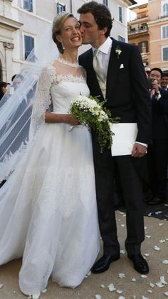 Carnet rose dans la famille royale de Belgique. Elisabetta, dite Lili, l'épouse du prince Amedeo, neveu du roi Philippe, a donné naissance à leur premier enfant.