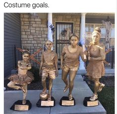 With Halloween fast approaching, it's high time you select the best group Halloween costume. Hit the party with handpicked homemade or funny group Halloween costume ideas from the post here. The post is full of Halloween fashion inspiration. Family Costumes, Halloween Photos, Family Halloween Costumes, Halloween 2016, Group Costumes, Cool Costumes, Halloween Party, Happy Halloween, Halloween Trophies