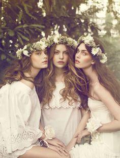 Coroa de flores naturais para penteado de noiva