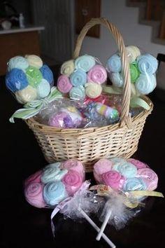 Baby Shower gift idea - Washcloth Lollipops (or burp clothes) by haoren