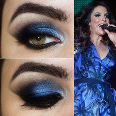 Maquillaje de noche para un vestido azul turquesa