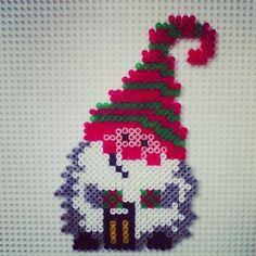 Christmas gnome hama beads by hadavedre