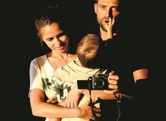 Diogo Amaral, Vera Kolodzig e o filho Couples, Couple Photos, Sons, Natural Person, Celebs, Couple Shots, Romantic Couples, Couple, Couple Pics