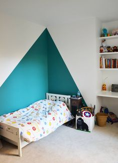 Child Bedroom: Modern Style Kids Room by A comme Archi Bedroom Wall Designs, Bedroom Decor, Bedroom Ideas, Kids Bedroom Paint, Childs Bedroom, Lego Bedroom, Kids Room Design, Fashion Room, Kids Fashion