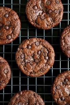 These flourless chocolate zucchini muffins are gluten-free, grain-free, oil-free, dairy-free, and refined sugar-free, but 100% delicious.