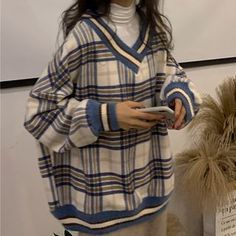 Duwnie - V-Neck Plaid Sweater / Mock-Turtleneck Long-Sleeve T-Shirt Adrette Outfits, Indie Outfits, Korean Outfits, Retro Outfits, Cute Casual Outfits, Fall Outfits, Vintage Outfits, Fashion Outfits, Sweater Outfits