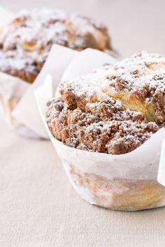"""Het lekkerste recept voor """"Kaneelmuffins"""" vind je bij njam! Ontdek nu meer dan duizenden smakelijke njam!-recepten voor alledaags kookplezier! Winter Desserts, Baking Recipes, Cake Recipes, Dessert Recipes, Pie Cake, No Bake Cake, Food Cakes, Cupcake Cakes, Cupcakes"""