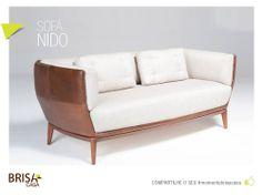 A Linha NIDO é composta por sofá, poltrona, puff e mesa de centro. As peças tem os pés em madeira maciça e possuem estrutura em alumínio revestida em 3 opções de acabamento: Couro, tecido e a fibra natural.