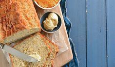 Maak hierdie mieliebrood in 'n kits! Favorite Recipes, Afrikaans, Cookies, Dining, Ethnic Recipes, Breads, Wine, Traditional, Food