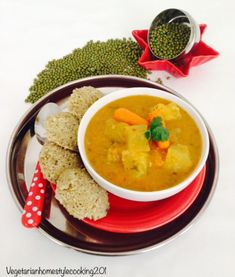 GREEN MOONG DAL IDLI WITH DALIYA/BROWN BASMATI RICE (LESS GRAINS) AND INSTANT VEGETABLE SAMBAR – Vegetarian Home Style Cooking Kids Meals, Easy Meals, Vegetarian Recipes, Snack Recipes, Cracked Wheat, Idli Recipe, Coconut Pudding, Steam Recipes, Brunch