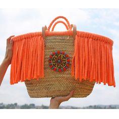 Beach bag with tassel Ibiza, Crochet Shoulder Bags, Diy Sac, Straw Handbags, Embroidered Bag, Boho Bags, Basket Bag, Crochet Purses, Summer Bags