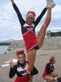College Cheerleading  moved from Kythoni's Cheerleading: Collegiate board http://www.pinterest.com/kythoni/cheerleading-collegiate/ m.32.2