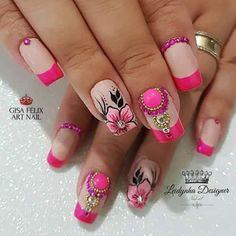 Resultado de imagen para uñas decoradas con flores Classy Nails, Fancy Nails, Diy Nails, Pretty Nails, Flower Nail Designs, Gel Nail Designs, Cute Spring Nails, Finger Nail Art, Cute Acrylic Nails