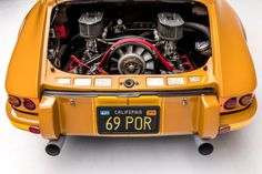 Porsche 911 Singer, 1985 Porsche 911, Porsche Electric, Volkswagen, Custom Porsche, Singer Vehicle Design, Mechanical Art, Pretty Cars, Car Engine