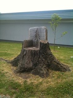 Tree stump chair! It's so cool