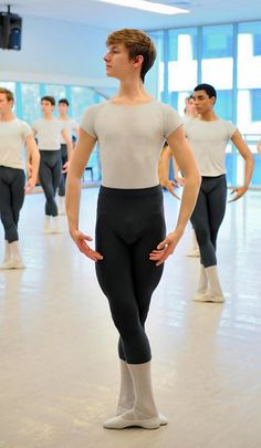 see, guys can be balerina's too