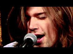 Hanson Perform Awesome Acoustic Version Of 'Ain't No Sunshine' Beautiful Songs, Love Songs, Pretty Songs, Beautiful Cover, Zac Hanson, Ain't No Sunshine, Old Video, Music Covers, Music Mix
