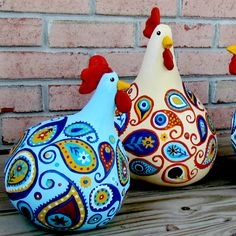 Paisley Chickens/Suzys Artsy Craftsy Sitcom #crafts #painting #gourd art