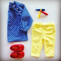 Elementary styling! Tunic top @hm, skinny jeans @countryroad, shoes @monsoonuk #hm #hmkids #countryroad #counteyroadkids #monsoonuk #monsoonkids #skinnyjeans #crayons #kid #kids #girls #kidsfashion #ootd #kidsootd #babyfashion #babyfashionista #trendytot #trendybaby #coolkids #instakids #funkykids #child #kidswear #kidsfashionblog #bangontrendbaby #iforit