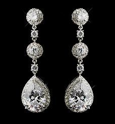Bridal earrings Or why not for New Years Eve??