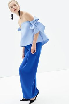 bows and off the shoulder? a gorgeous top that combines two 2016 spring fashion trends http://www.vogue.com/fashion-shows/pre-fall-2016/sachin-babi/slideshow/collection