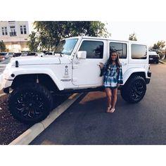 """1,419 Likes, 4 Comments - JEEPHER™ Digital Media Group (@jeepher) on Instagram: """"@_shelbyhale www.jeepbeef.com __________ #jeepher #jeep #jeeplife #jeepgirl"""""""