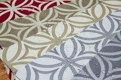 Materiale teflonate satinate - ideale pentru fete de masa de ocazie - simple si elegante. Se mai pot folosii si pentru draperii, tapiserii si perne decorative. Decotex Style Pitesti - Complex John stand 166 tel 0774010363
