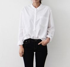 Simple collarless white blouse + black skinny pants | Skirt the Ceiling | skirttheceiling.com