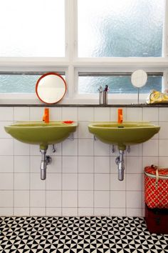 Retro green sinks... wonder if you can find actual vintage sinks at ReStore or similar used-goods store to replicate this effect