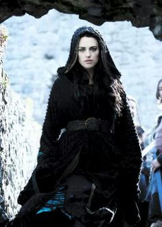 Katie McGrath Morgana Pendragon