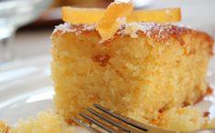 Το πορτοκάλια είναι εποχής, πολύ γλυκά και μυρωδάτα. Αξιοποιήστε τα σε ένα ζουμερό κέηκ.
